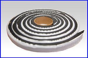 自动止水型防水卷材